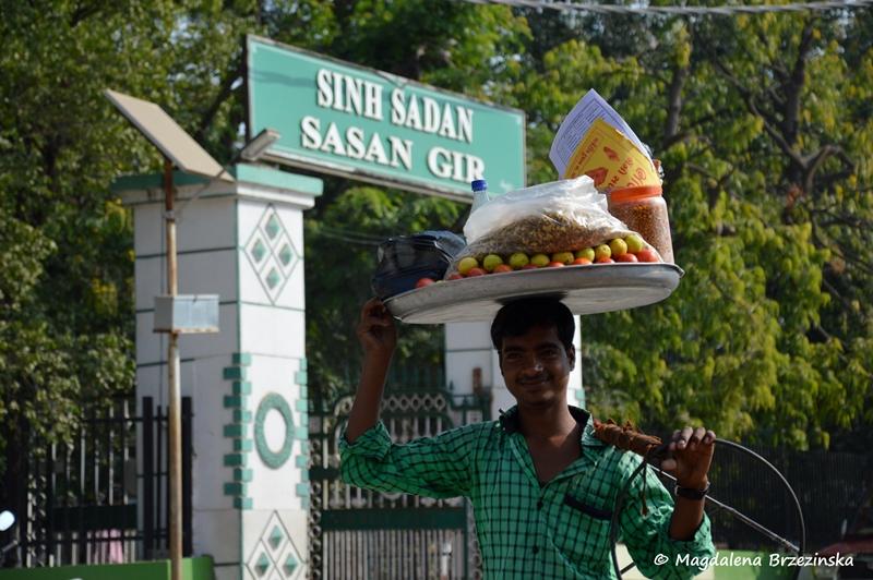 Wejście do Parku Narodowego Sasan Gir, Indie ©Magdalena Brzezińska