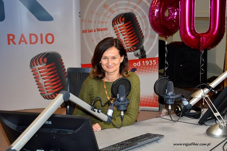 Magda Brzezińska w studio Polskiego Radia PiK, które obchodzi w tym roku 80-lecie istnienia