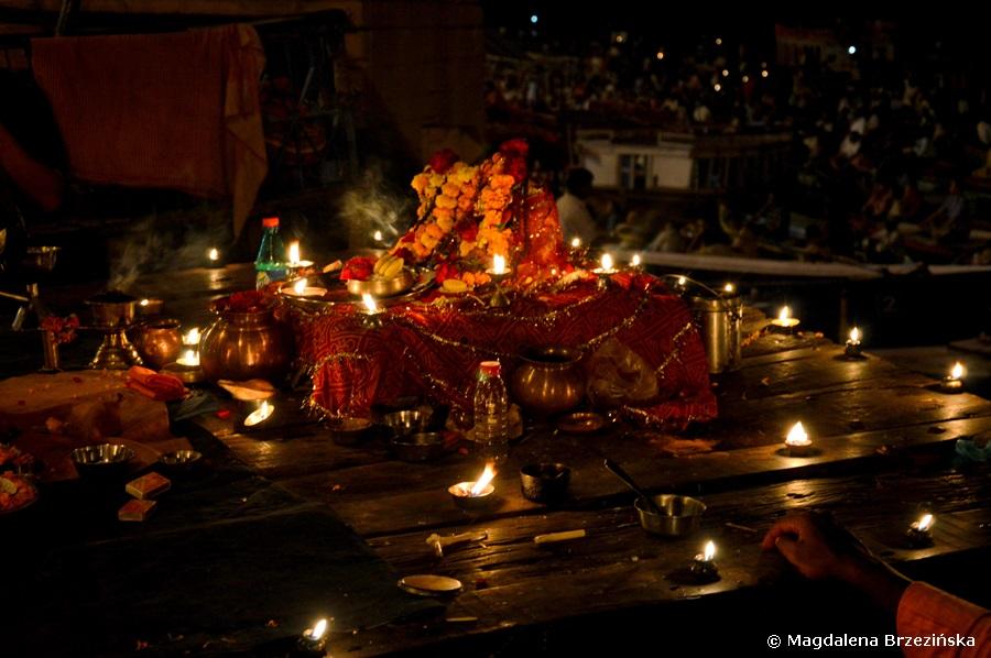 Puja, Ghat Dashashwamedh, Waranasi, Indie 2015 © Magdalena Brzezińska
