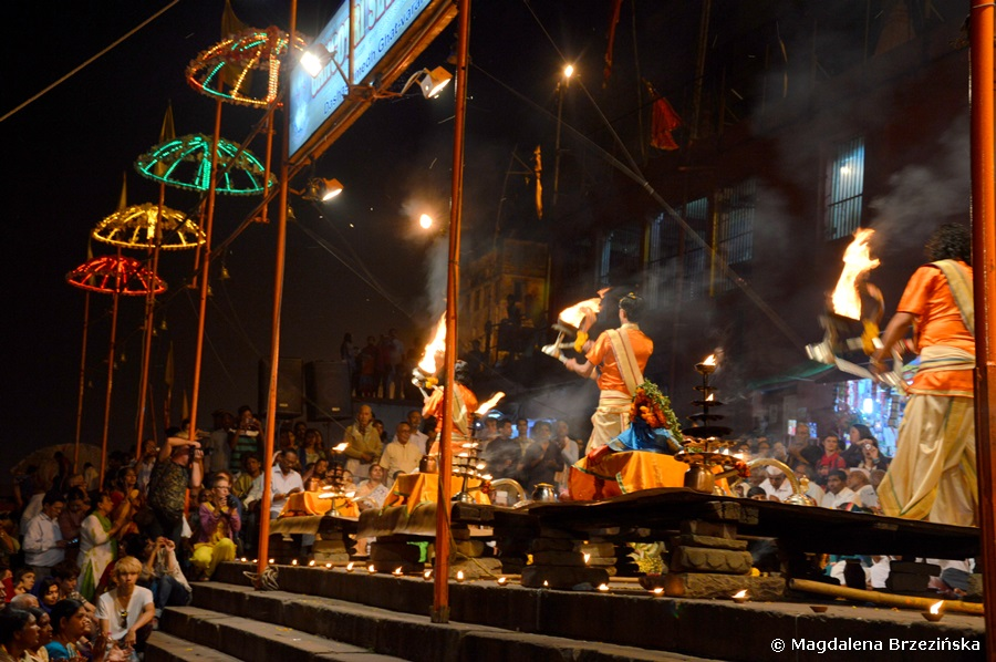 Arati, Dashashwamedh Ghat, Waranasi, Indie 2015 © Magdalena Brzezińska