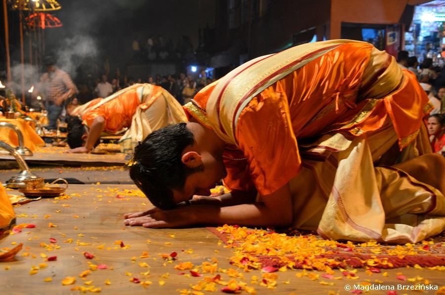 Puja, Dashashwamedh Ghat, Waranasi, Indie 2015 © Magdalena Brzezińska