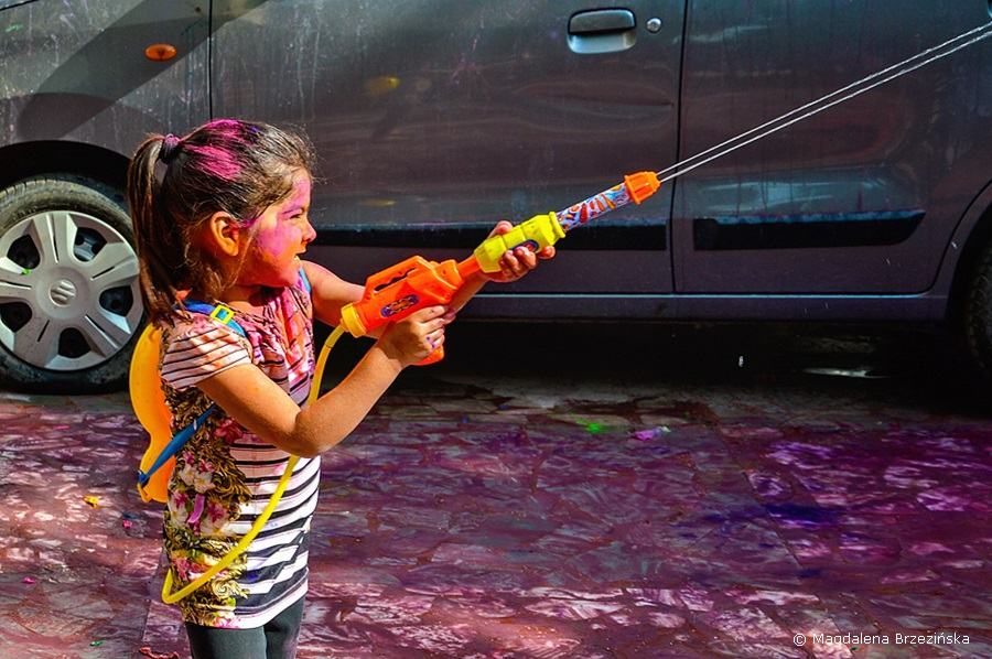Lara Croft ;) Holi, 6 marca 2015 r., Ahmedabad, Indie © Magdalena Brzezińska