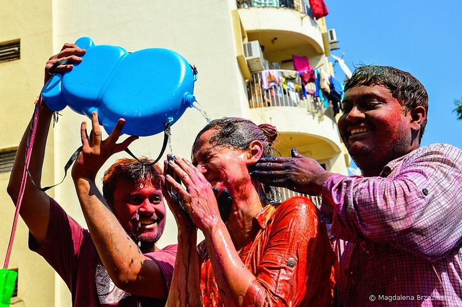 No a teraz trzeba ją umyć :D Holi, 6 marca 2015 r., Ahmedabad, Indie © Magdalena Brzezińska