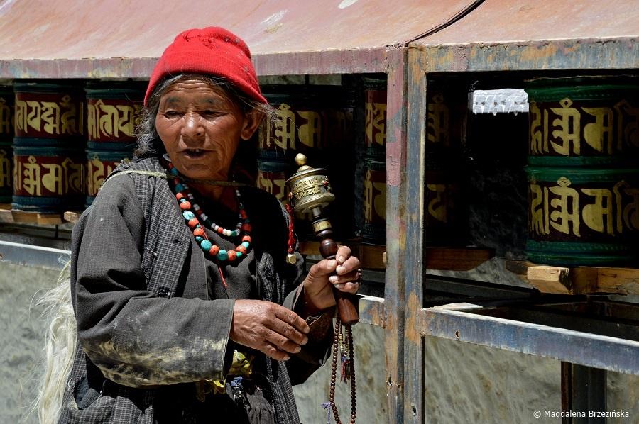 fot. Biznesmenka 😉 z Lamayuru © Magdalena Brzezińska, Ladakh, Indie 2016