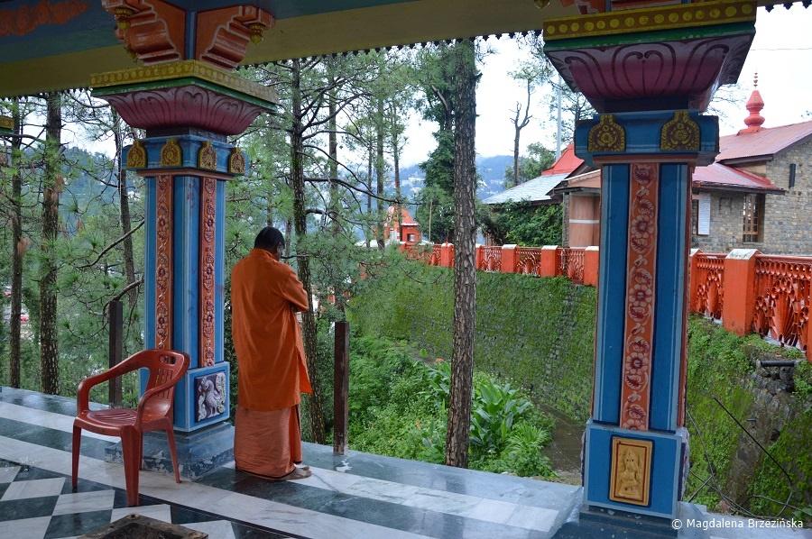 fot. Świątynia Sankat Mochan, Shimla © Magdalena Brzezińska, Indie 2016