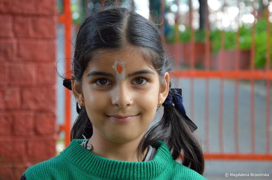 fot. Dziewczynka z Shimli © Magdalena Brzezińska, Indie 2016