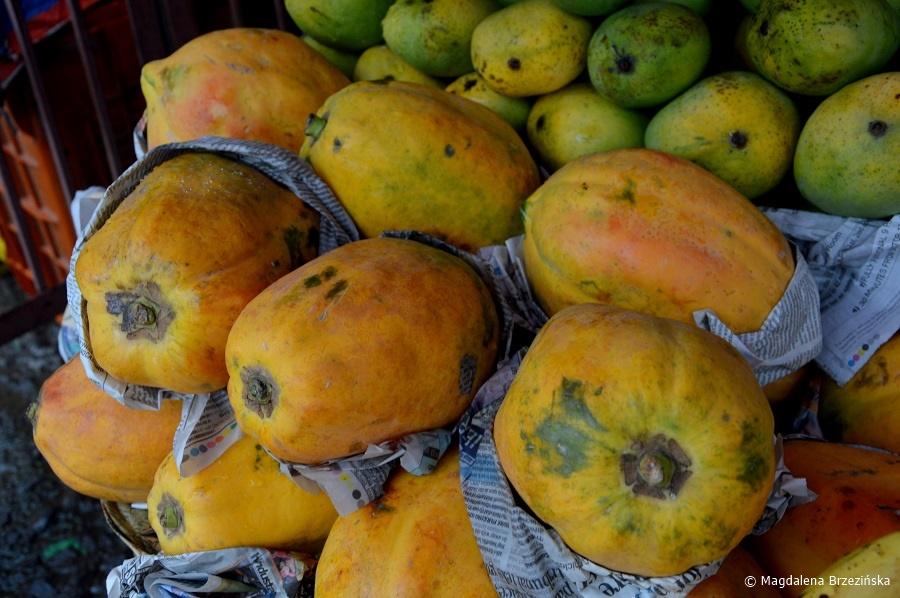 fot. Lato to sezon na mango. Lakkar Bazar, Shimla © Magdalena Brzezińska, Indie 2016